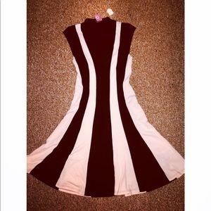 Dresses & Skirts - Sexy Flare bottom dress